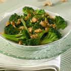 Broccoli with Garlic Butter and Cashews Recipe