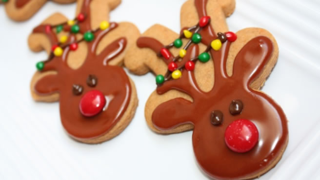 Gingerbread Men, with Sugar Cookie Icing