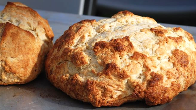 amazingly easy irish soda bread a good old fashioned soda bread with ...