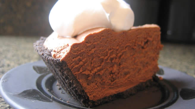 Rich Chocolate Truffle Pie