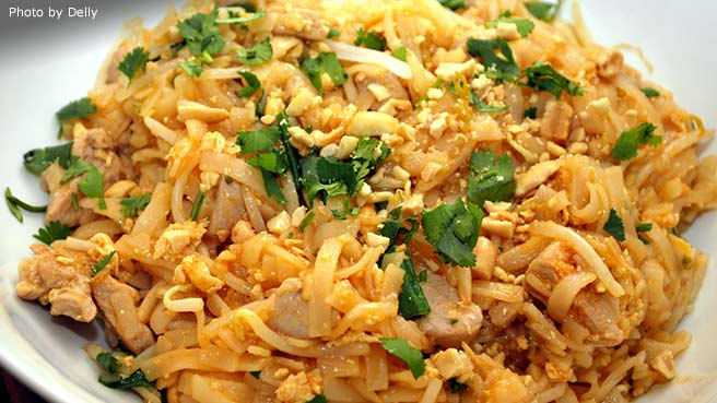 10 Quick-Fix Asian Noodle Recipes - Damn Delicious