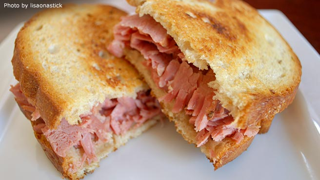 Slow Cooked Corned Beef For Sandwiches Recipes — Dishmaps