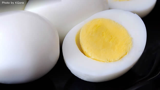 Hard-Steamed Eggs
