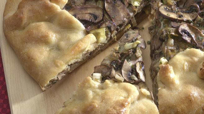 Vegetarian easter recipes eatingwell mushroom leek galette forumfinder Image collections