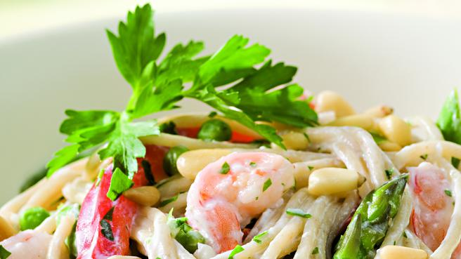 Garlic Pasta with Shrimp & Vegetables