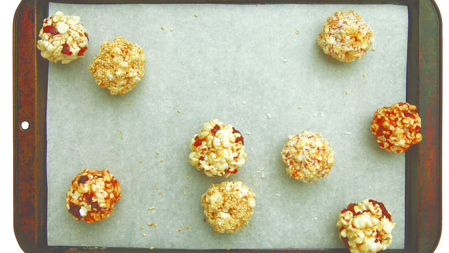 How to Make Healthy Popcorn Ball