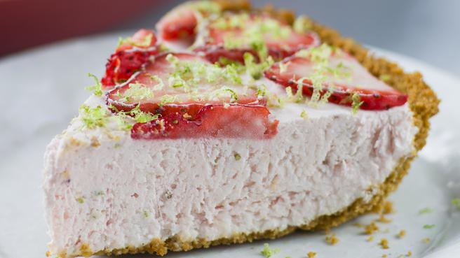 Homemade Strawberry Ice Cream Pie