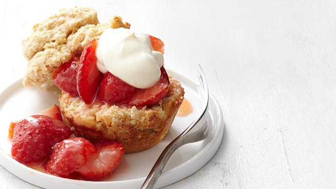 Muffin-Tin Strawberry Shortcakes