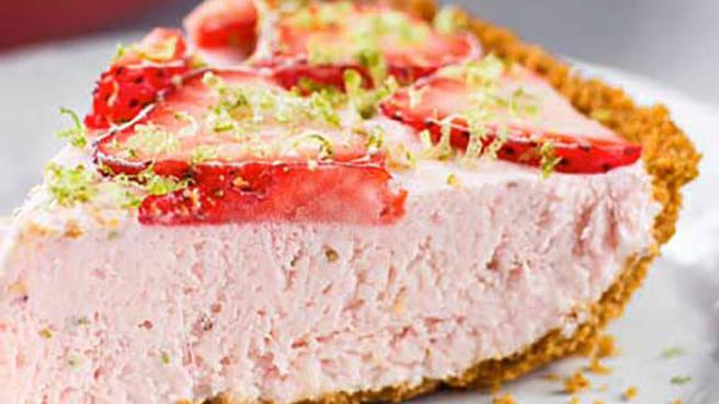 Frozen Dessert: Strawberry Icebox Pie