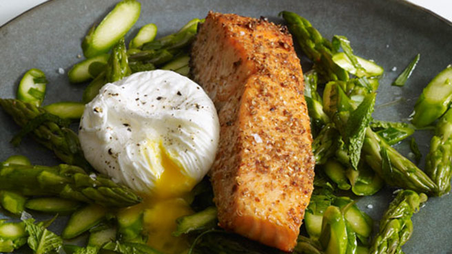 Healthy high blood pressure recipes eatingwell make heart healthy roast salmon forumfinder Images