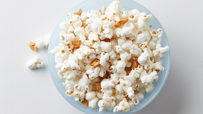 4 Healthy Reasons to Snack on Popcorn