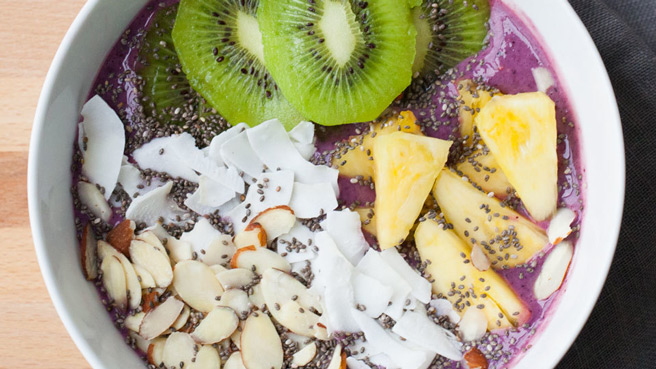 Luscious Fruit Smoothie Bowl