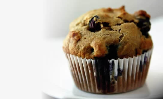 Low-Fat Blueberry Bran Muffins
