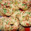 Mexican Cookie Rings Recipe - This cookie is sure to win compliments and they don't take hours to make.