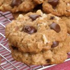 Healthy Lunchbox Cookies Slideshow - With our healthy cookie recipes, you don't need to sacrifice nutrition to give your child a lunchtime treat. Our healthy lunchbox cookies travel well to school. Our healthy cookie recipes incorporate fruit and spices, rather than extra sugar and fat, for tasty cookies you'll feel good about offering to your kids.
