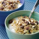"Breakfasts That Fight Fat Slideshow - Healthy recipes for breakfast that fight fat and keep you fuller longer. Eating a meal made with ""slow-release"" carbohydrates, such as oatmeal or bran cereal, before you exercise can help you burn more fat, suggests research."