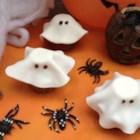Halloween Fondant Ghost Cupcakes