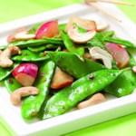 Cashew-Snow Pea Stir-Fry