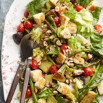 "Winter Salad with Halloumi ""Croutons"""