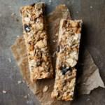 Banana-Peanut Granola Bars