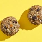 Coconut-Cashew Breakfast Bites