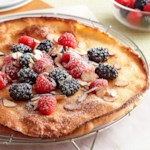Easy Berry Puff Pancake