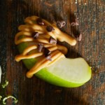 Peanut Butter-Chocolate Apple Dippers