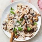 Linguine with Creamy Mushroom Sauce