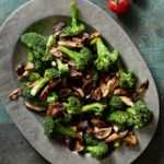 Broccoli with Balsamic Mushrooms