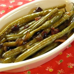 Sweet and Tangy Green Beans Recipe - Sweet and tangy! This is a wonderful alternative to plain green beans or green bean casserole. It is quick and easy to make. Gives a unique twist to a traditional Thanksgiving meal.