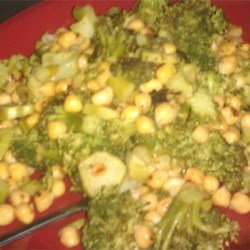 Garlic Chickpeas and Lemon Broccoli