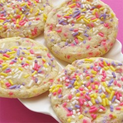 Grandma M's Raisin Cookies Recipe - Tart raisin cookies to make you pucker like grandma when she takes out her teeth  ; - )