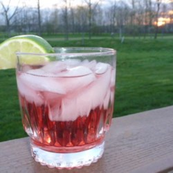 Cape Cod and White Zinfandel Recipe - The traditional cranberry and vodka cocktail with a twist.