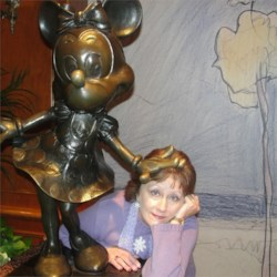 Mimi and Minnie