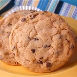 Toffee Chocolate Chip Cookies Recipe - Add almond brickle chips to a chocolate chip cookie and you get these very, very tasty cookies!