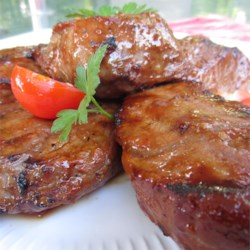 Squirrel's Great Beef Steak Recipe - A sublime blend of soy sauce, Italian-style seasoning and barbeque sauce mixed with spices brings out the full, mouthwatering flavor of steak!
