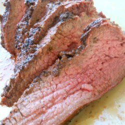 Tri-Tip Rub Recipe - This is a simple tri-tip rub recipe straight from a barbeque in Santa Maria.