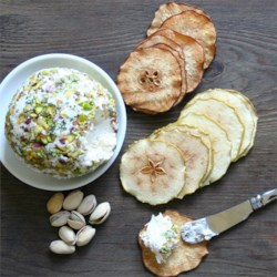 Fantastic Gorgonzola and White Wine Cheese Ball