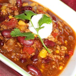 HERDEZ(R) Roasted Pasilla Pepper Chili Recipe and Video - With HERDEZ(R) Mexican Cooking Sauces, there is no need to add any further seasoning to this delicious chili. A great 'fix-it-and-forget-it' recipe that will please the whole family!