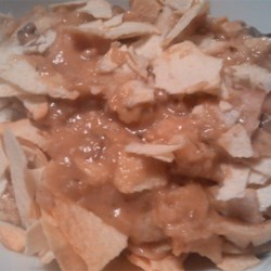 Tuna Casserole III Recipe - Mushrooms soup, tuna and crushed potato chips. Quick and easy for students or busy moms and dads.