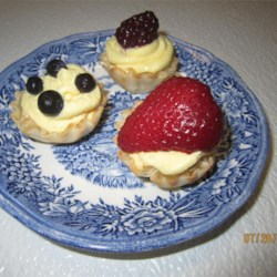 JELL-O Patriotic Mini Fruit Tarts