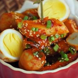 Korean Spicy Rice Cakes -Tteokbokki