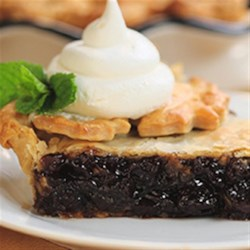 Classic Mincemeat Pie Recipe - Talk about quick and easy! In under an hour you can prep, bake and serve this classic mincemeat pie.