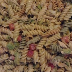 Best Chicken Pasta Salad Recipe - Sweet Vidalia onions, lots of avocado, and grilled chicken breasts marinated in steak sauce seem to do the trick. This pasta salad is indeed the best. Add in a huge dollop of Ranch dressing, an hour or so of chilling, and the best just got better.