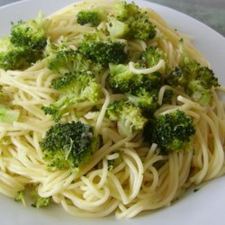 Broccoli Garlic Angel Hair Pasta Recipe and Video - A beautiful side dish of broccoli and angel hair pasta with red pepper flakes is so delicious and so aromatic, but it doesn't take much time to pull together.