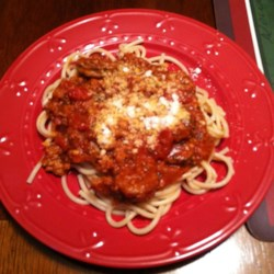 Jan's Yummy Spaghetti Recipe - Ground turkey and Italian sausage are a hearty addition to homemade spaghetti sauce in this yummy spaghetti recipe.
