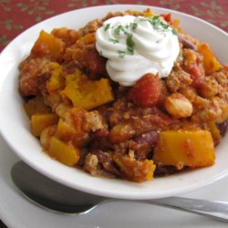 Butternut Squash and Turkey Chili Recipe - This is a delicious, filling chili.  Serve topped with sour cream and tortilla chips!
