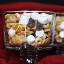 Kids' Snack Recipe - Corn cereal, graham cookies, marshmallows and chocolate chips are tossed together for a quick snack.