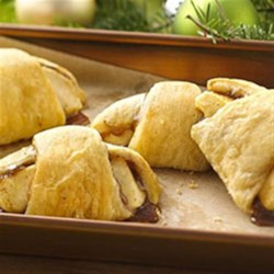 Apple Pie Crescents Recipe - All the flavor of apple pie without the fuss!