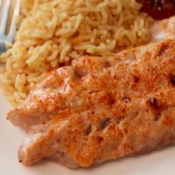 BBQ Broiled Red Snapper Recipe - If you don't cook fish often, or don't like fish, this broiled red snapper recipe may be just what the doctor ordered. Normally we don't want to cover up the delicate flavors of the seafood, but in this case, we have no choice. It's not like you can't tell you're eating fish, but close enough.